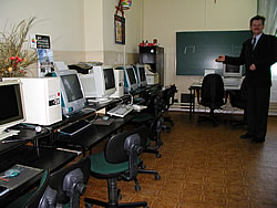 Pracownia Informatyczna - Szkoły Podstawowej im. Jana Pawła II w Huszlewie